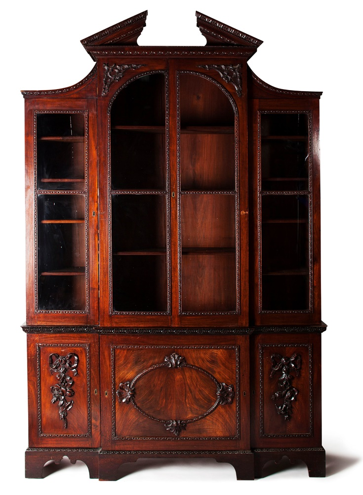 GOOD GEORGE II MAHOGANY BREAKFRONT BOOKCASE IN THE MANNER OF VILE AND COBB
