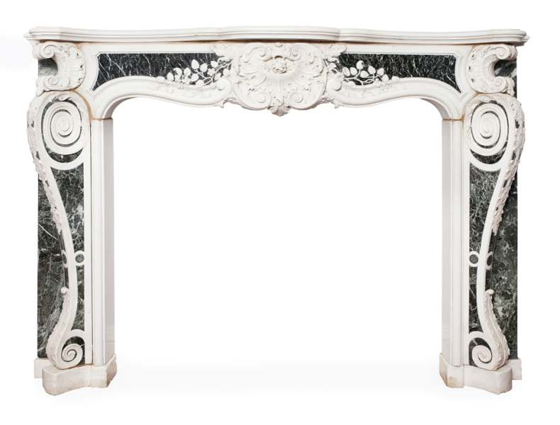 Fine George II chimneypiece