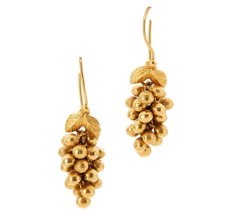 A pair of pendant earrings