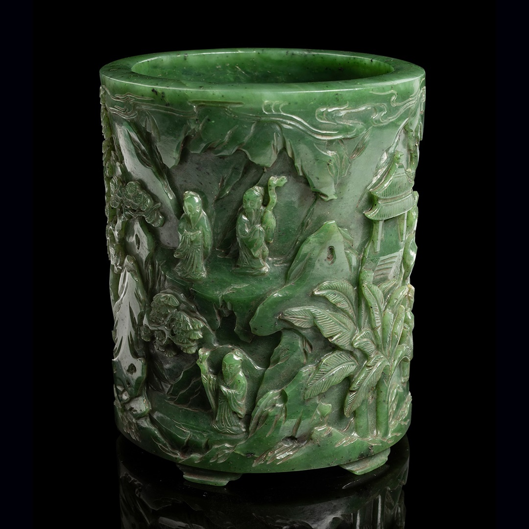 SPINACH-GREEN JADE 'SCHOLARS' BRUSH POT QING DYNASTY, 19TH CENTURY