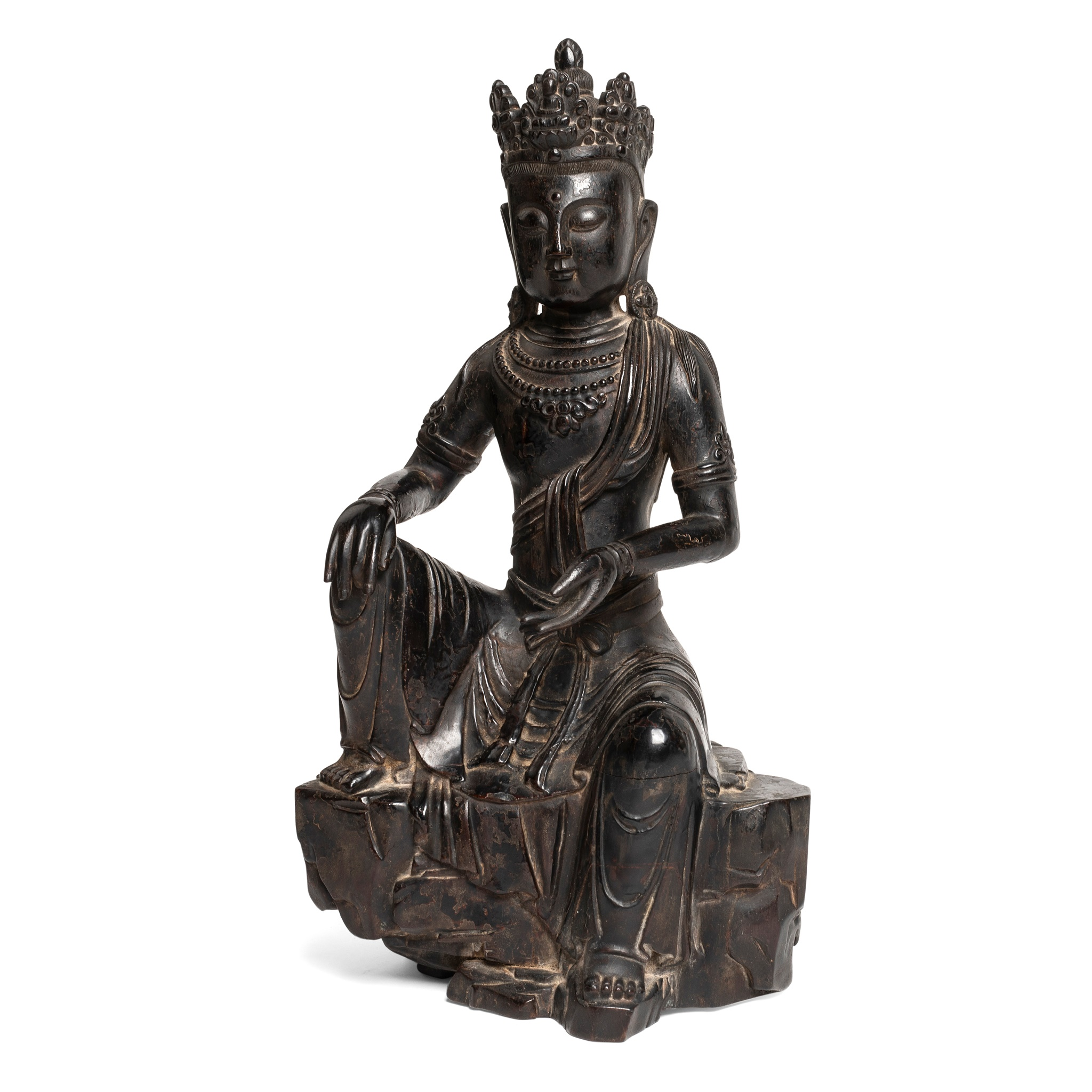 LACQUERED WOOD CARVING OF SEATED GUANYIN QING DYNASTY, 18TH CENTURY