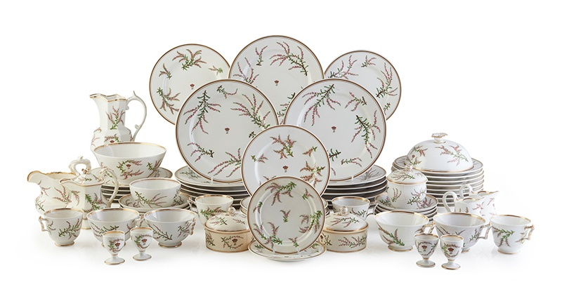 LOT 16 | THE BREADALBANE HEATHER PATTERN WORCESTER PORCELAIN BREAKFAST SERVICE | CIRCA 1840 Provenance: Taymouth Castle, Perthshire; Wooton House, Bedfordshire; Thence by descent. | £2,000 - £3,000
