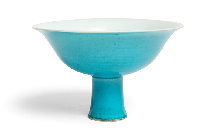 LOT 207 | TURQUOISE-GLAZED 'DRAGON' STEM BOWL