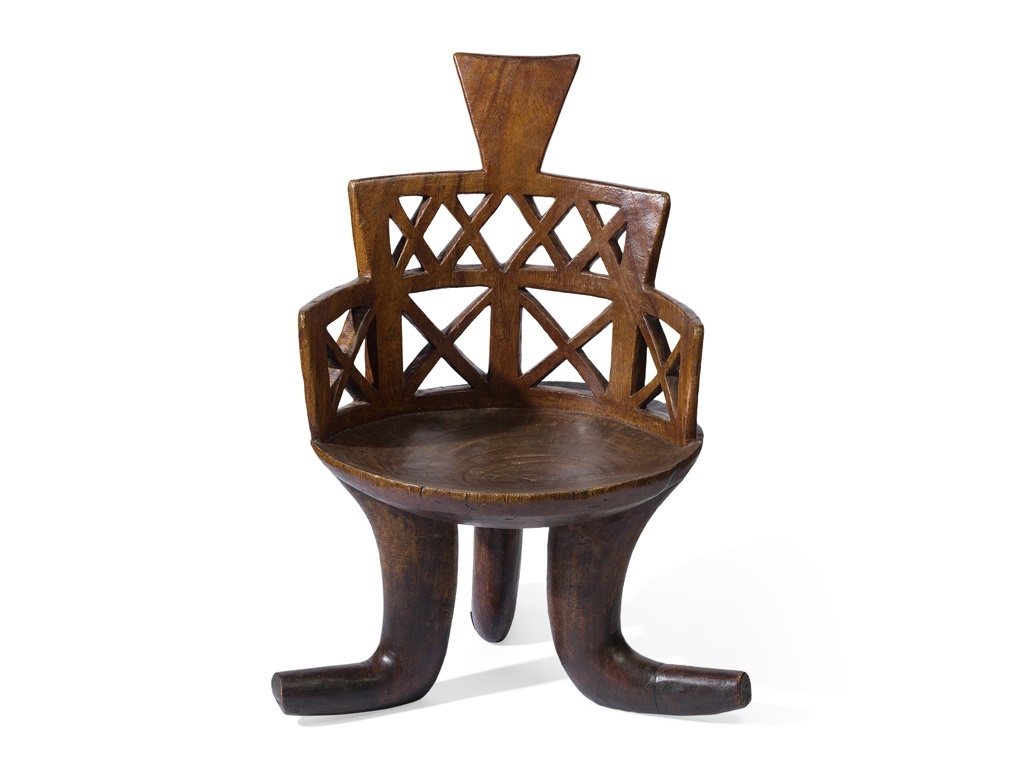 GURAGE CHAIR