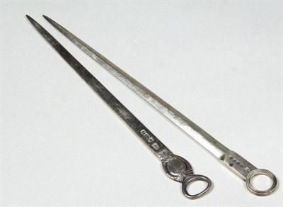 Lot 577 - A George III silver meat skewer, Hester...