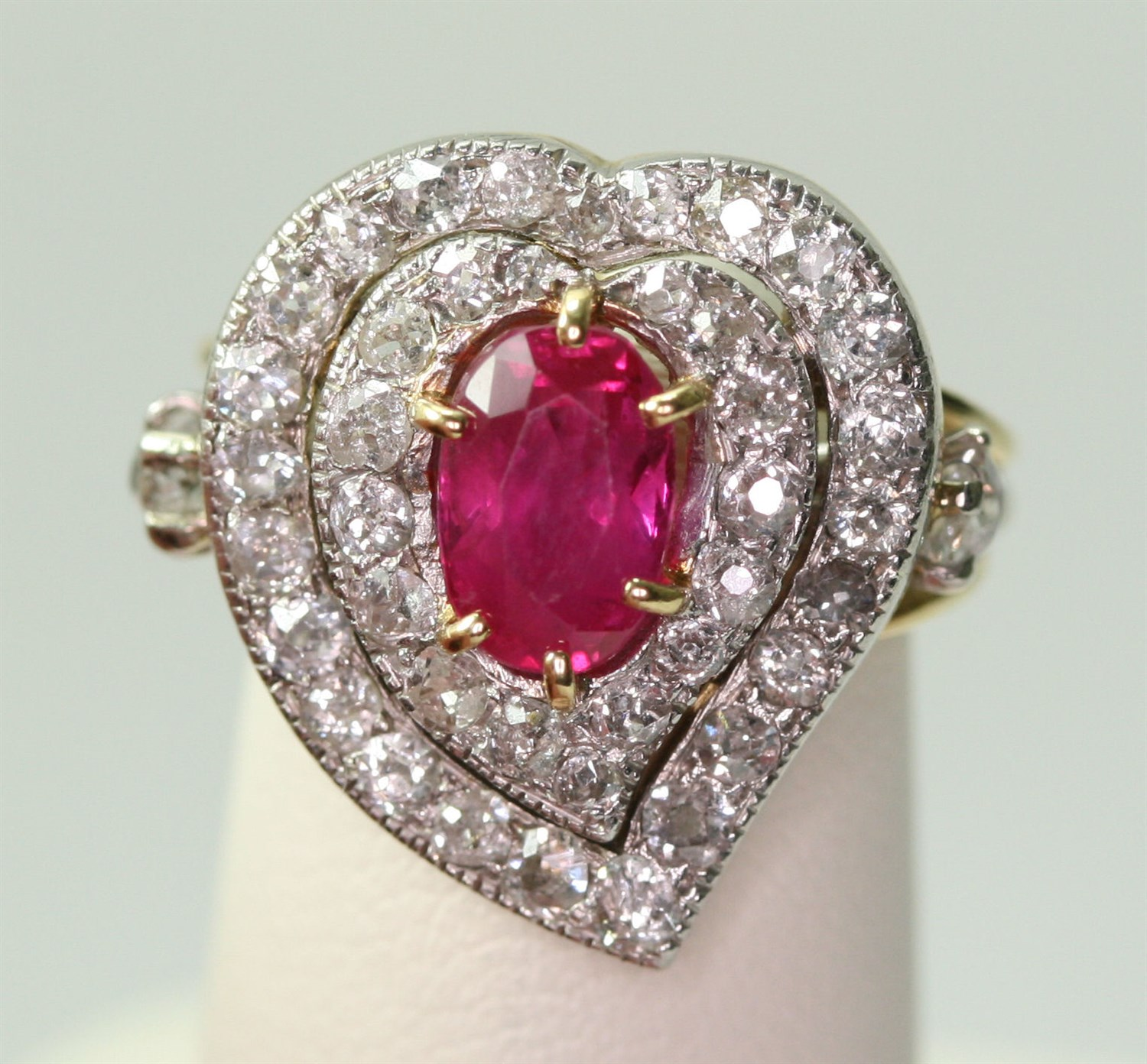 Lot 108 - A Belle Epoque ruby and diamond cluster ring