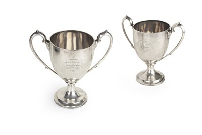 Lot 327 - A pair of Scottish George III communion cups