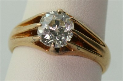Lot 57 - A diamond single-stone ring