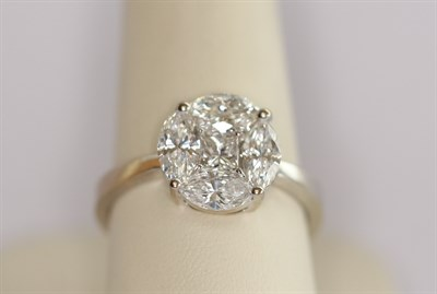 Lot 190 - An 18ct white gold mounted diamond cluster ring