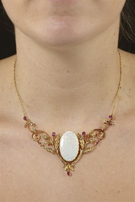 Lot 17 - An early 20th century opal and multi-gem set necklace