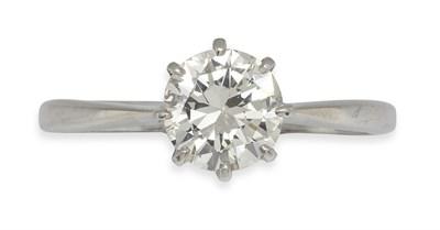 Lot 160 - A diamond single-stone ring