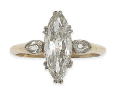 Lot 29 - An 18th/19th century diamond set ring