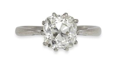 Lot 161 - A diamond single-stone ring