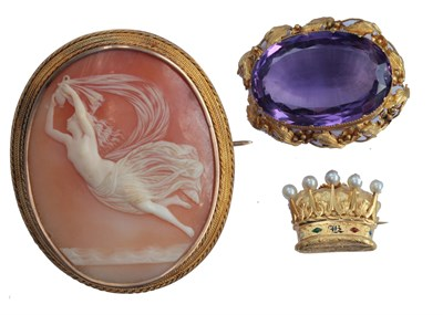 Lot 31 - A pearl and enamel brooch