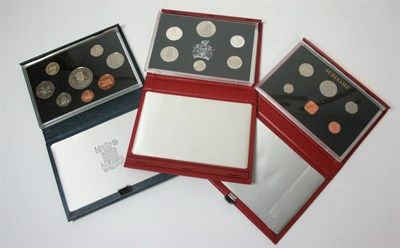 Lot 625 - A Collection of modern proof sets