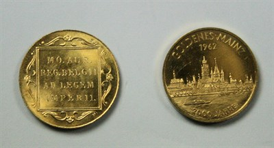 Lot 600 - Two continental gold coins