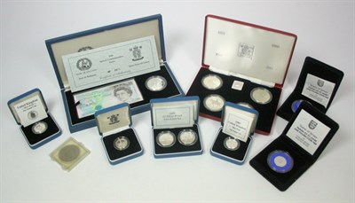 Lot 648 - A collection of modern silver proof coinage