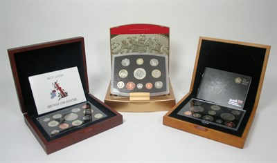 Lot 638 - A collection of British deluxe and executive proof sets