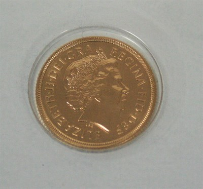 Lot 570 - A 2000 currency issue sovereign