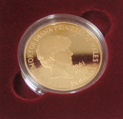 Lot 586 - A Lady Diana Spencer gold proof £5