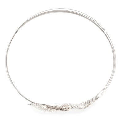 Lot 22 - JENNY DEANS - 'Curving Round' necklace