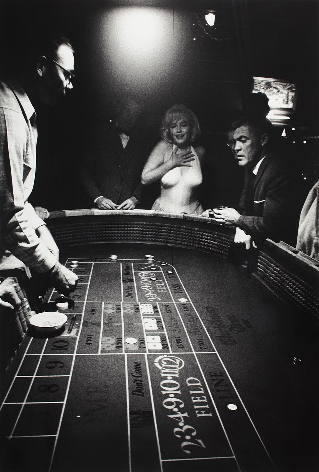 Lot 29 - EVE ARNOLD (AMERICAN 1913-2012)