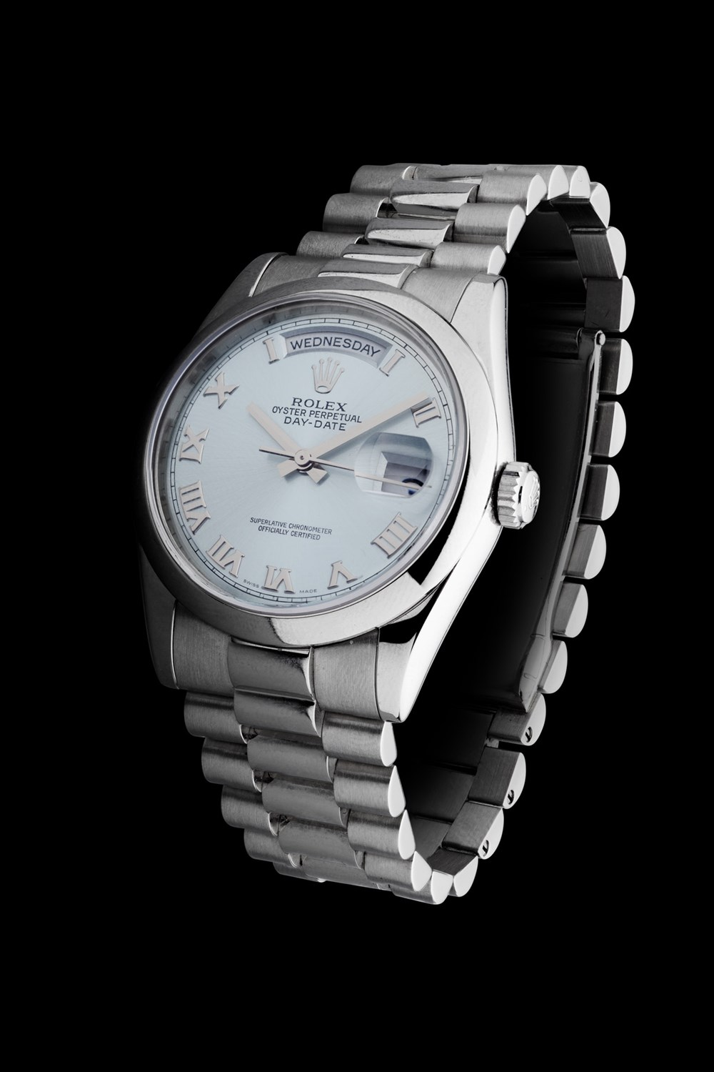 Lot 198 - ROLEX - Oyster Perpetual Daydate Chronometer in platinum