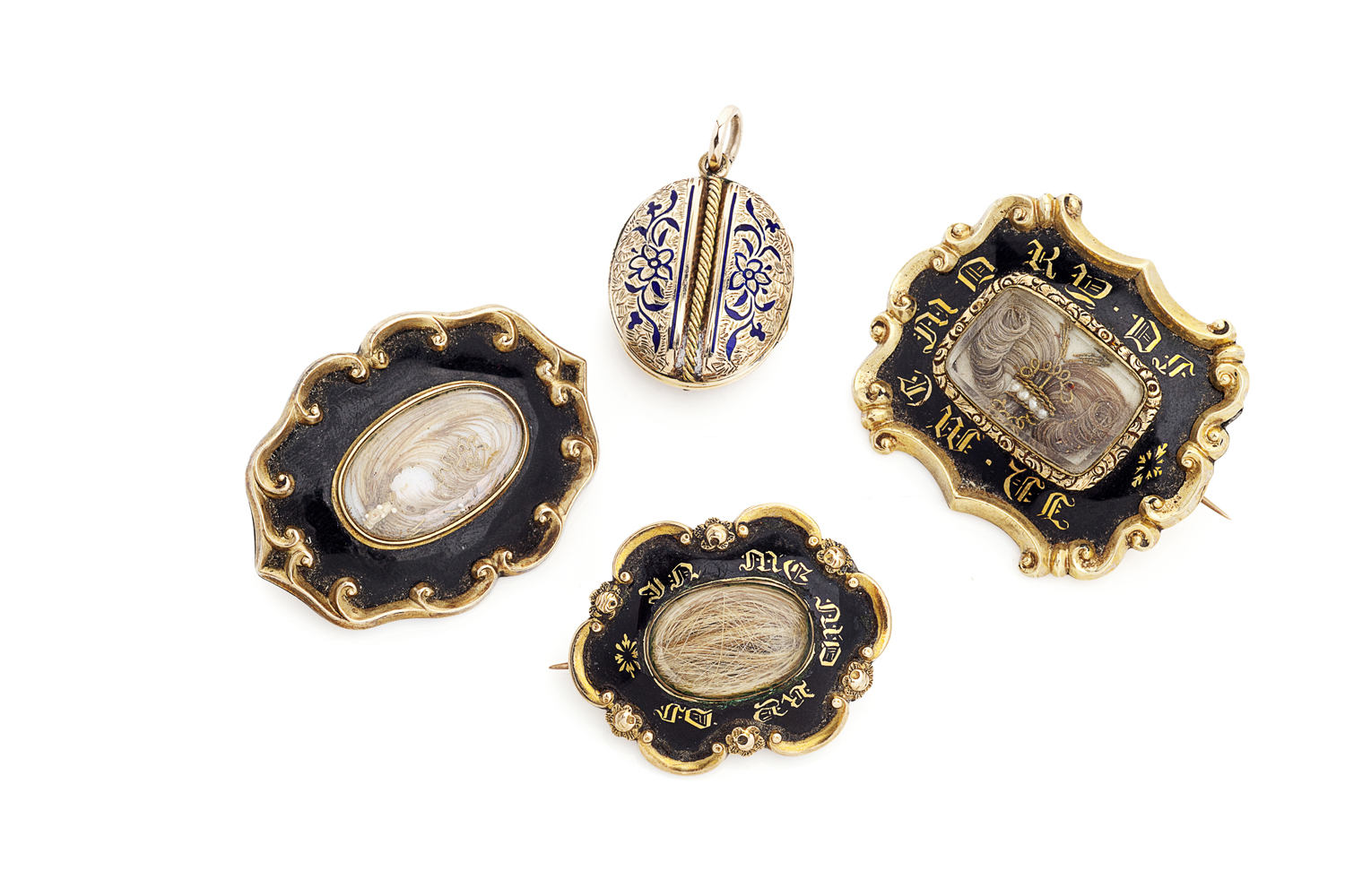 Lot 31-A collection of mourning jewellery