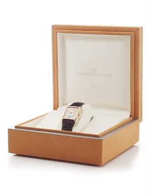 Lot 150 - GIRARD PERREGAUX - A gentleman's 18ct rose gold cased wrist watch