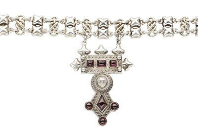 Lot 111 - A silver and gem set necklace