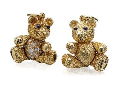 Lot 69 - Two gem set articulated teddy bear pendants
