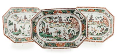 Lot 13 - SET OF THREE CHINESE EXPORT FAMILLE VERTE...
