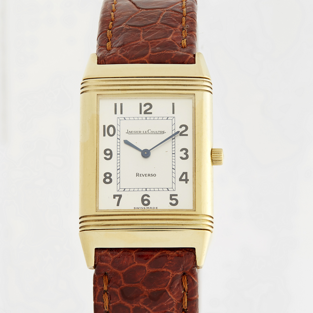 302 - JAEGER Le COULTRE - A gentleman's 18ct gold wrist watch