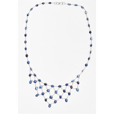 Lot 47 - A sapphire set fringed necklace