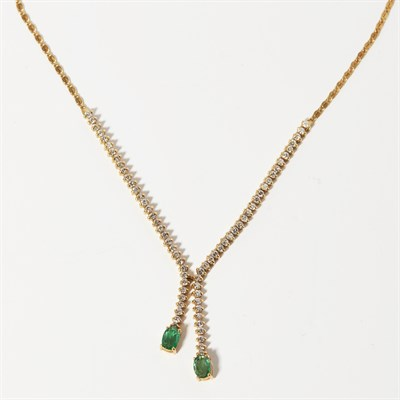 Lot 69 - An emerald and diamond set necklace