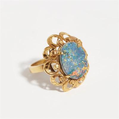 Lot 136 - An opal set cocktail ring