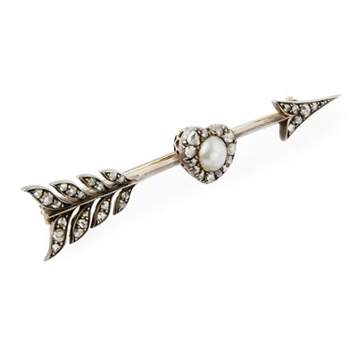 Lot 158 - A pearl and diamond set bar brooch