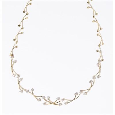 Lot 96 - A diamond set necklace