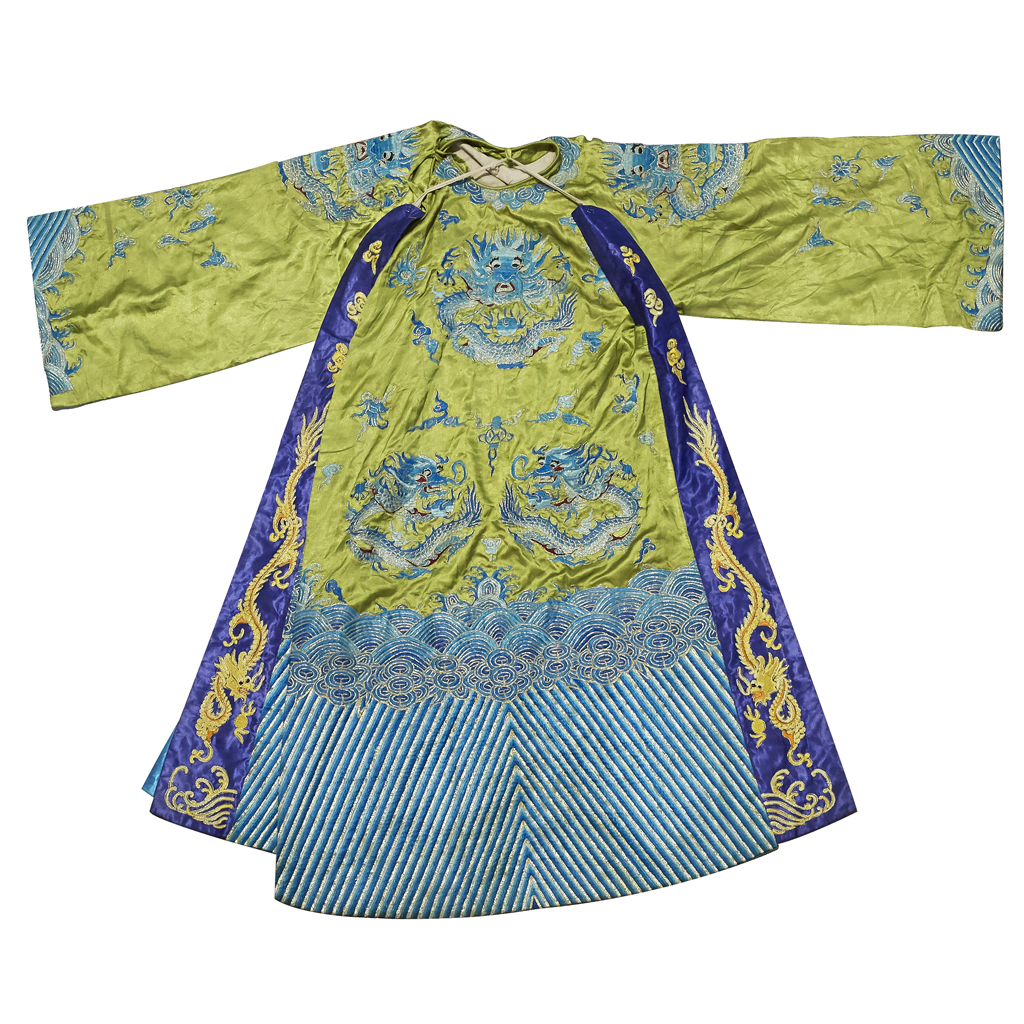 Lot 30-EMBROIDERED SILK 'DRAGON' ROBE