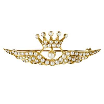 Lot 43 - A Victorian seed pearl set brooch