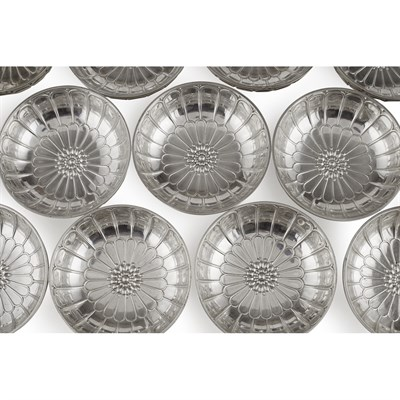 Lot 55-SET OF TWENTY-FOUR FRENCH SILVER FINGER BOWLS