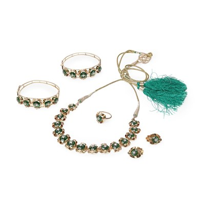 Lot 98 - A suite of Indian jewellery
