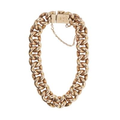 Lot 2-A fancy curb link bracelet