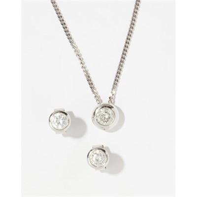 Lot 78-An 18ct gold diamond set pendant and matching ear studs