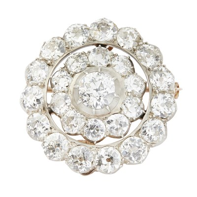 Lot 50-A late 19th/early 20th century diamond cluster brooch/hair pin