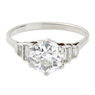 Lot 86-A 1940s single stone diamond set ring