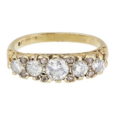 Lot 5-A five stone diamond ring
