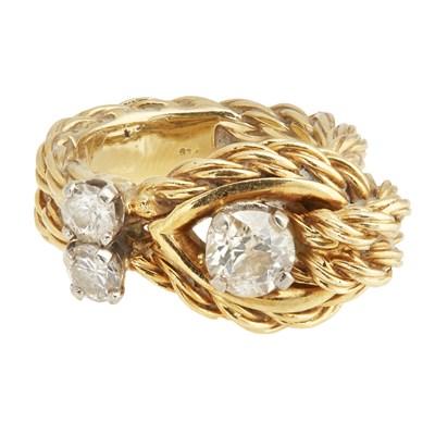 Lot 80-An 18k gold diamond set ring, Kutchinsky
