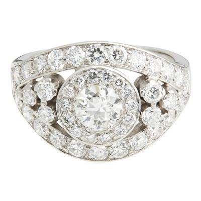 Lot 10-A diamond set cluster ring