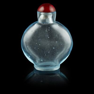 Lot 92 - AQUAMARINE-BLUE GLASS SNUFF BOTTLE